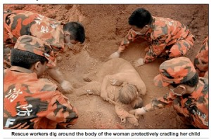 _Dead_woman-cradling20-child-China